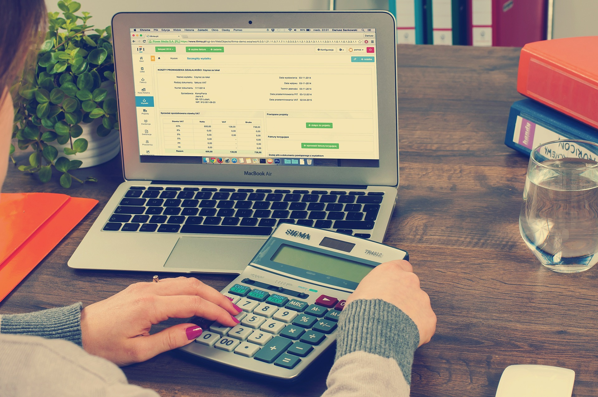 3 Benefits of Outsourcing Your Payroll